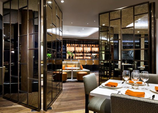 Dining room lounge room dividers for private events for Best private dining rooms toronto