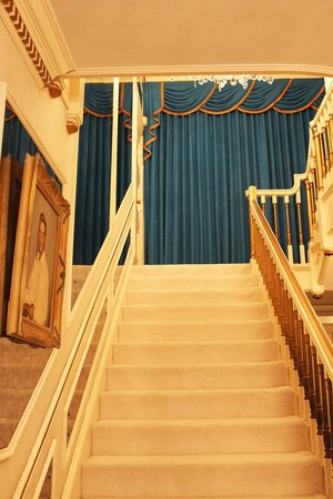 Stairs To Second Floor Picture Of Graceland Memphis