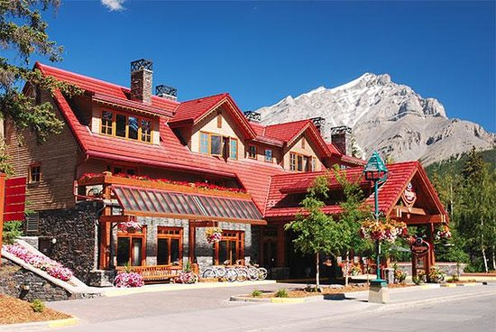 ‪Banff Ptarmigan Inn‬
