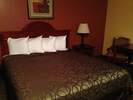 Photo of Mariah Country Inn & Suites Mojave
