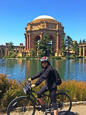 Bike & View - Bicycle Rentals and Tours