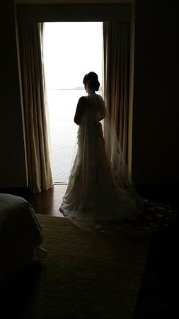 Mandarin Oriental, Miami: Photo taken before my wedding in our bridal suite