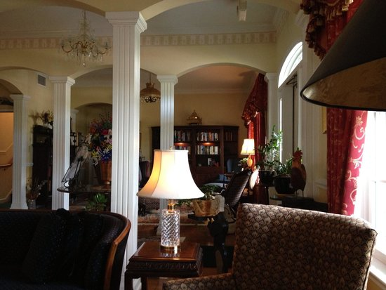The Cypress Inn at Conway Myrtle Beach: The sitting room.