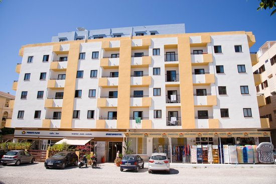 Apartamentos poniente playa ibiza spain hotel reviews for Apartamentos playa