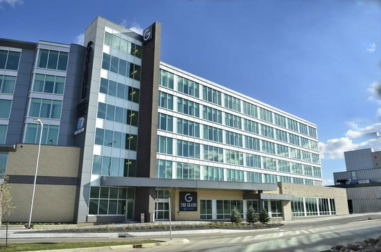The Grand Winnipeg Airport Hotel Tripadvisor