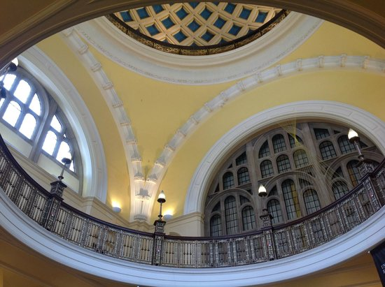 Barber Center : Barber Institute of Fine Arts: The lobby entrance of Aston Webb Great ...