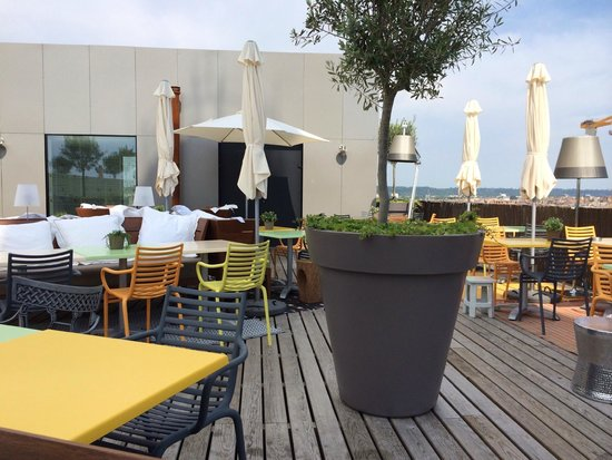 Rooftop mama bordeaux picture of mama shelter bordeaux bordeaux tripadvisor - Hotel mama shelter bordeaux ...