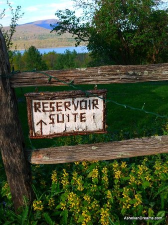 West Shokan, NY: Welcome, the Reservoir Suite