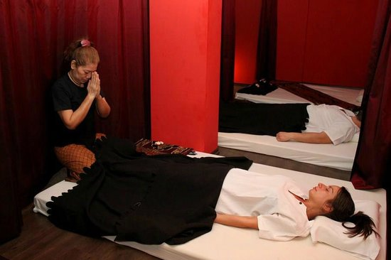 thai massage i lyngby linses lounge