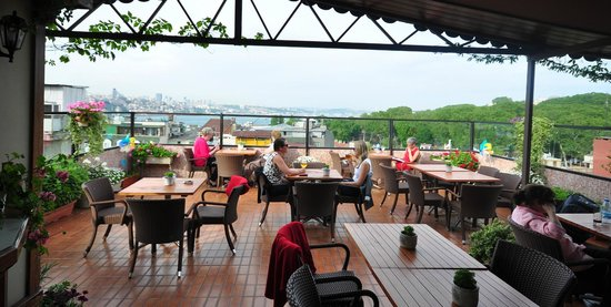 Istanbul Terrace Pub Picture Of Erboy Hotel Istanbul