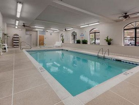 Baymont inn suites asheville biltmore nc 2017 hotel review family vacation critic for Biltmore estate indoor swimming pool