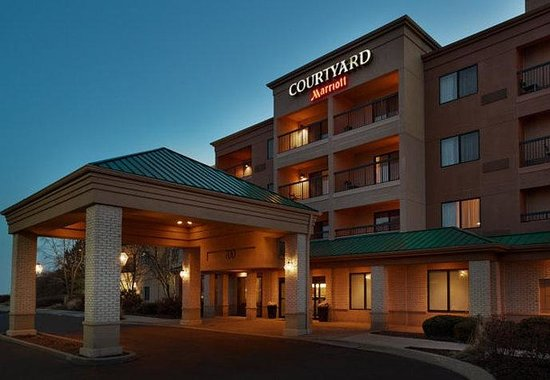 Photo of Courtyard by Marriott Chicago St. Charles Saint Charles