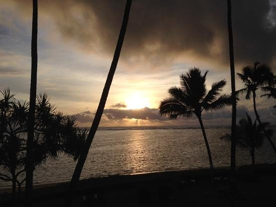 Pat's at Punalu'u: Sunrise from the balcony