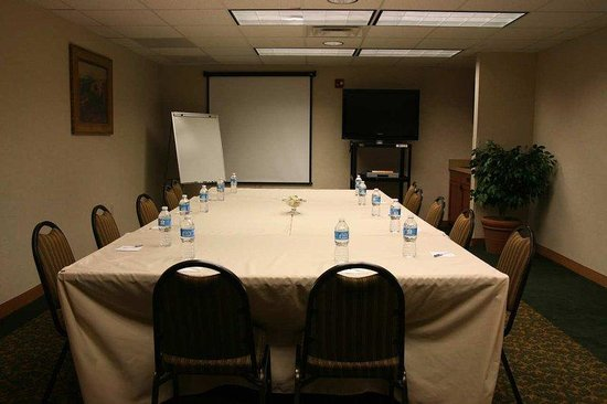 Hampton Inn & Suites Los Alamos: Caldera Meeting Room