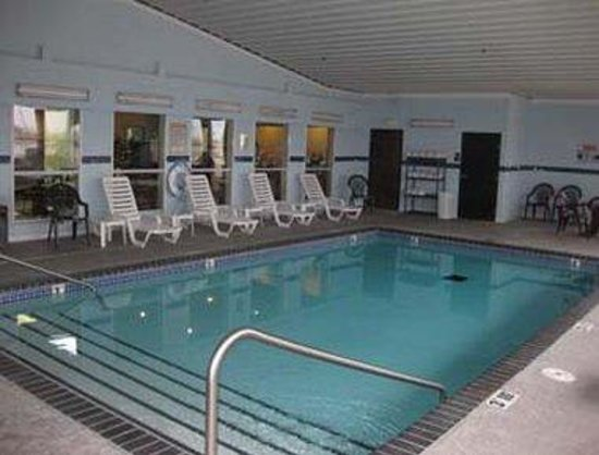 indoor pool picture of baymont inn and suites el reno el reno tripadvisor