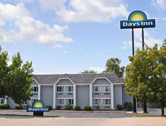 Photo of Days Inn Council Bluffs, IA 9th Avenue