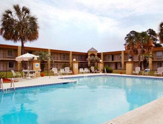 Days Inn Brunswick/St. Simons Area