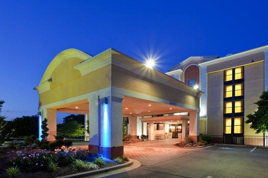 Photo of Holiday Inn Express Washington DC East - Andrews AFB Camp Springs