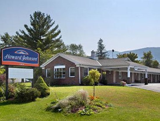 Welcome To The Howard Johnson Williamstown