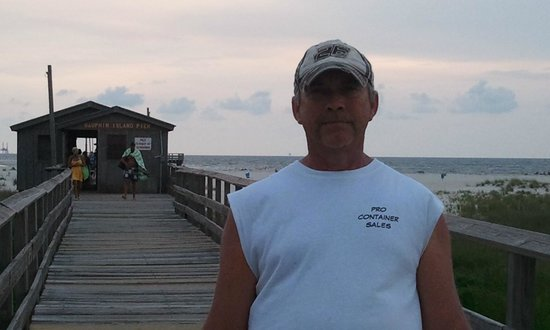 Fishing pier landlocked by katrina picture of gulf for Dauphin island fishing report