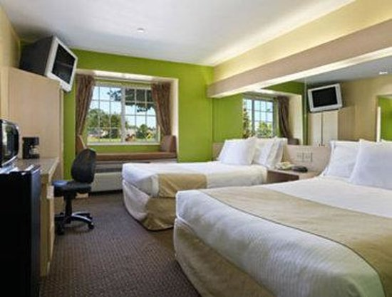 Photo of Microtel Inn & Suites By Wyndham Baton Rouge