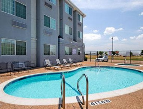 Photo of Microtel Inn & Suites By Wyndham Ft. Worth North/At Fossil Creek Fort Worth