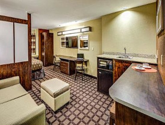 Microtel Inn & Suites By Wyndham North Canton