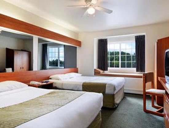 Microtel Inn & Suites by Wyndham Eagle River/Anchorage Are