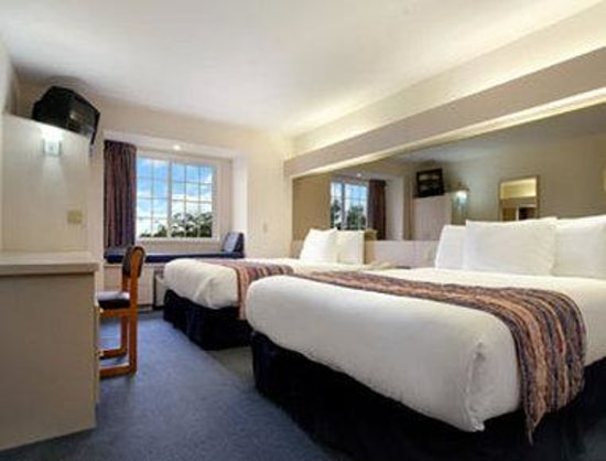 Microtel Inn & Suites by Wyndham Madison East