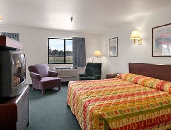 Super 8 Motel Greely