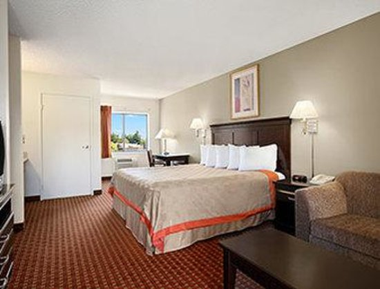 Days Inn and Suites Rancho Cordova