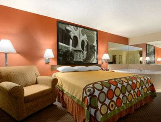 Hotels In Monroe La With Jacuzzi In Room