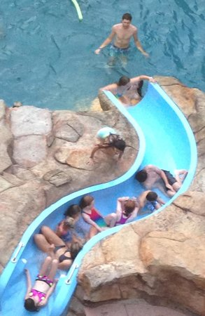The Springs: Pool on a Thurs afternoon