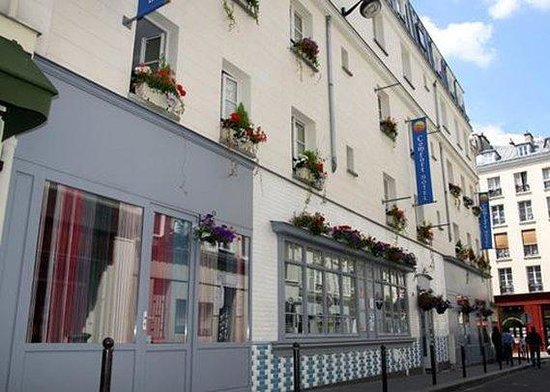 Photo of Comfort Hotel Paris La Fayette