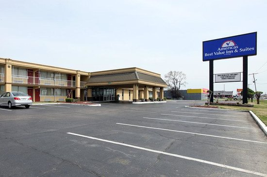 ‪Americas Best Value Inn & Suites‬