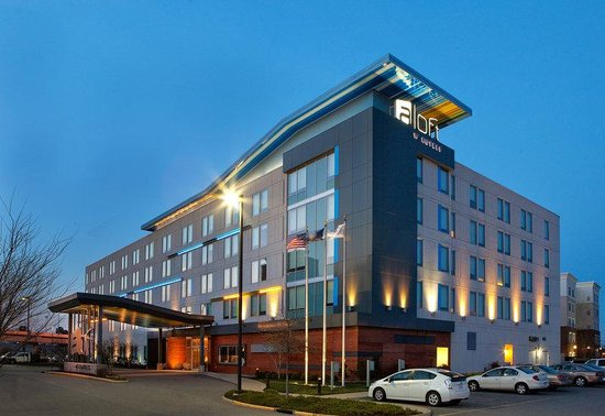 aloft Chesapeake Hotel