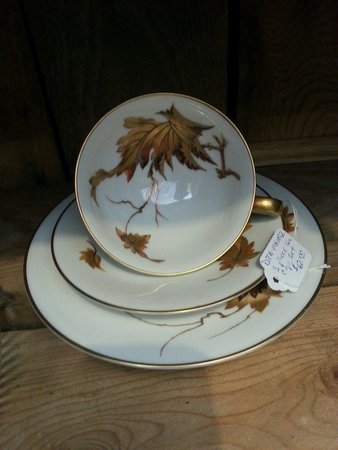 The Cambria Emporium: Teacup
