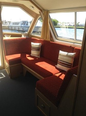 Galley seating area sofa bed picture of herbert woods day boat hire norwich tripadvisor - Sofa herbergt s werelds ...