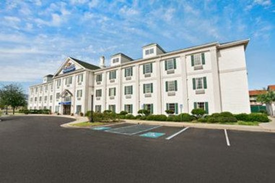 Photo of Baymont Inn & Suites Lafayette Airport