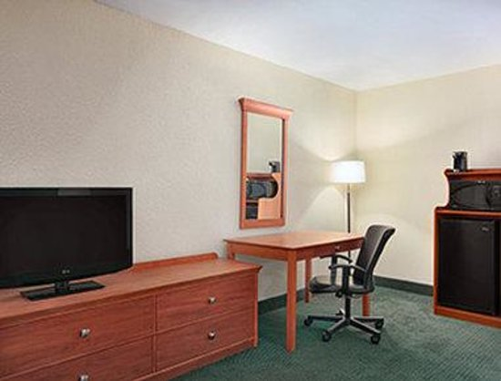 Days Inn Elmsford
