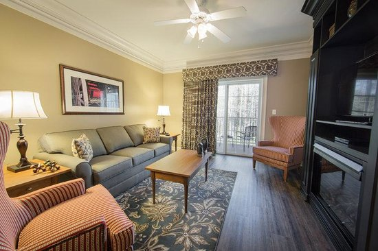 Warm Up To The Fireplace While Relaxing In The Living Room Picture Of Holiday Inn Club