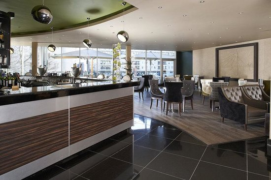 Chelsea Harbour Hotel Bar The Chelsea Harbour Hotel The