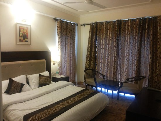 Photo of Hotel Deventure Chail