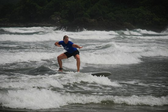 Young Vision Surf School: I got up for the first time in Costa Rica!