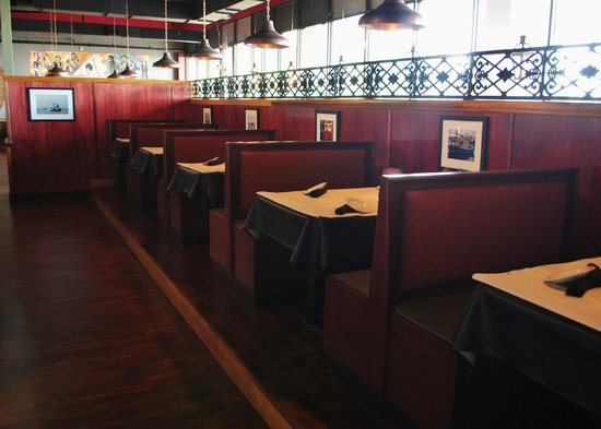 Bar area - Picture of Half Shell Oyster House, Mobile ...