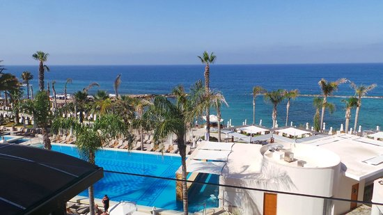 Alexander The Great Beach Hotel: pool and view