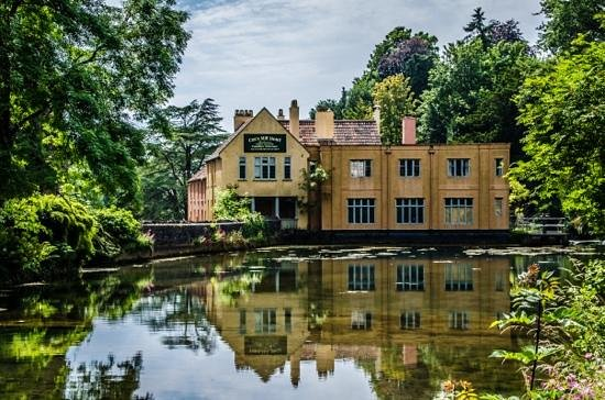 Cox mill hotel picture of cheddar caves gorge cheddar - Cheddar gorge hotels with swimming pools ...