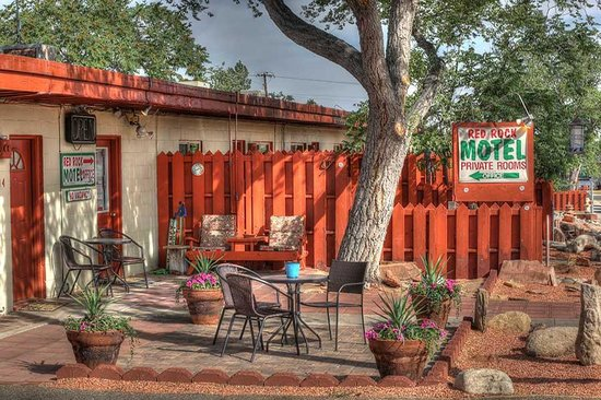 Photo of Red Rock Motel Page