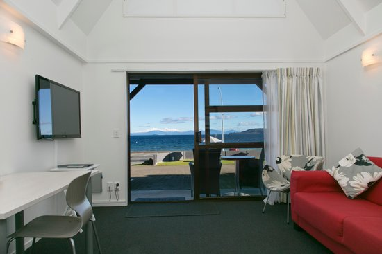 Photo of Gables Lakefront Motel Taupo