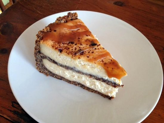 Caramel Cappuccino Crunch Cheesecake - Picture of Portland Pottery ...